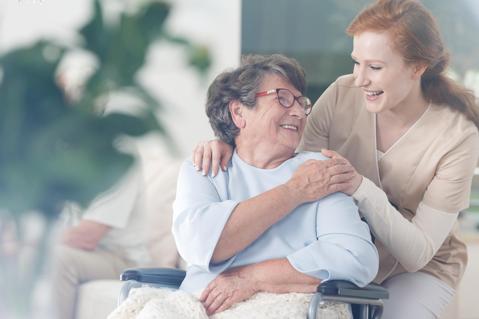 Soins infirmiers : combien coutent les soins à domiciles ?